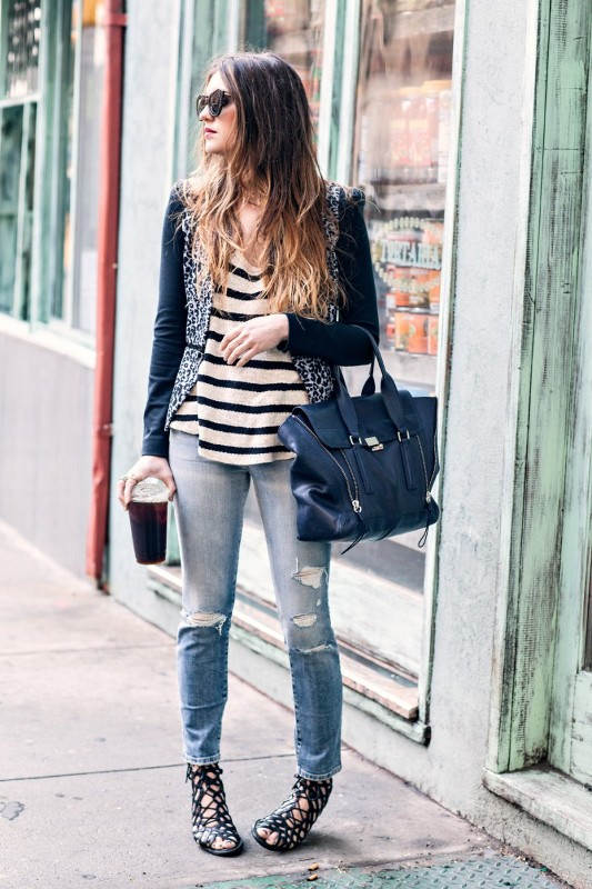 Picture Of how to wear distressed denim 21 stylish ideas  18