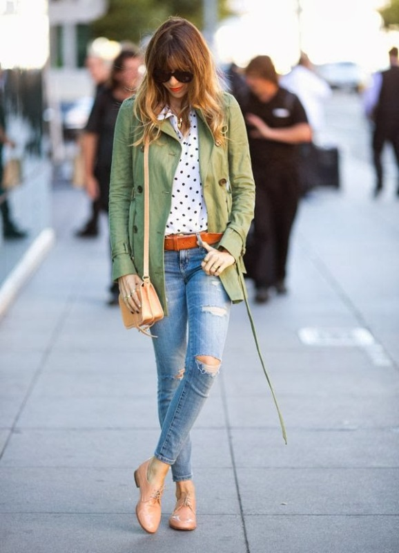 Picture Of how to wear distressed denim 21 stylish ideas  3