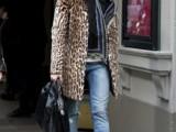 how-to-wear-distressed-denim-21-stylish-ideas-9