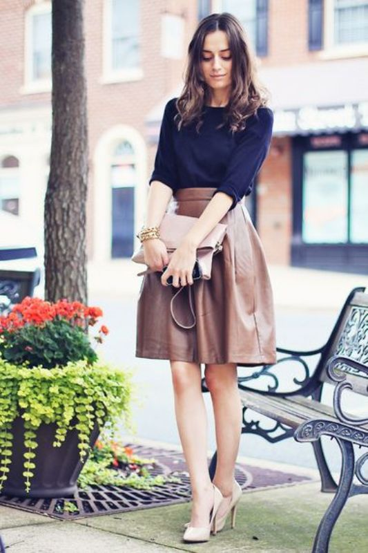 Picture Of how to wear leather skirt 23 great looks to get inspired  1