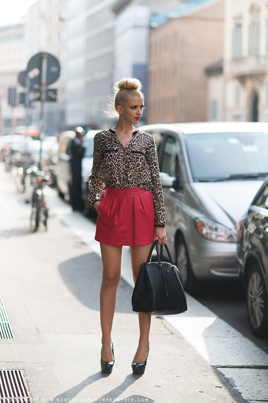 Picture Of how to wear leather skirt 23 great looks to get inspired  10