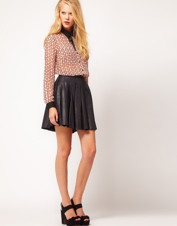 Picture Of how to wear leather skirt 23 great looks to get inspired  15