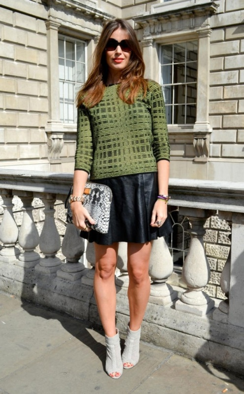Picture Of how to wear leather skirt 23 great looks to get inspired  2