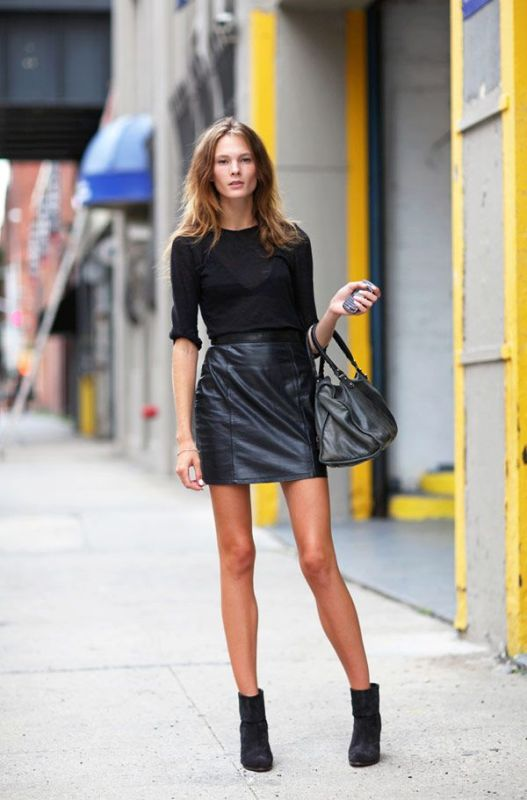 Picture Of how to wear leather skirt 23 great looks to get inspired  8