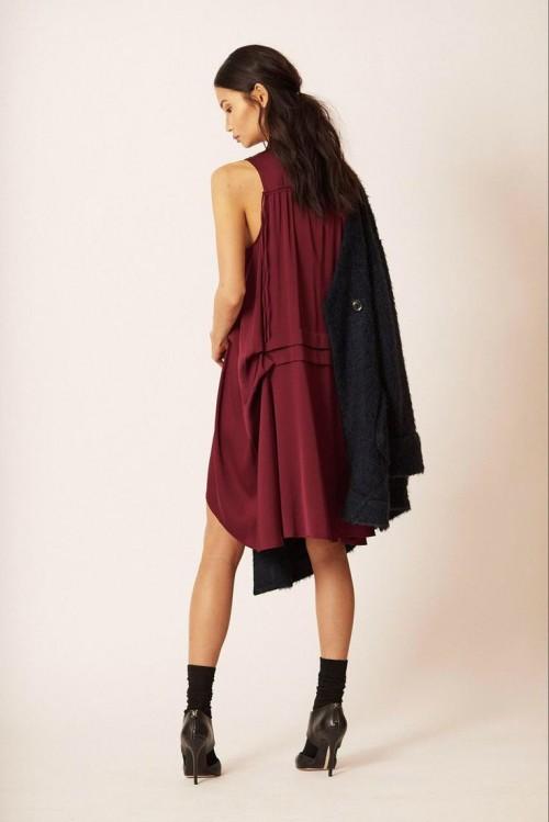 С чем сочетать бордовый цвет в одежде: 25 самых актуальный идей
