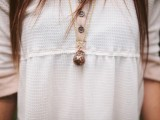 incredible-diy-lavender-oil-necklace-3