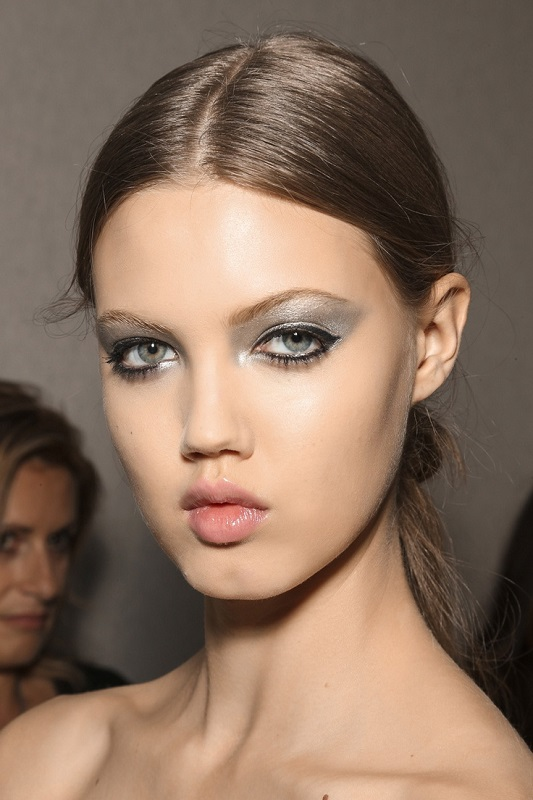 Picture Of inspiring autumnwinter 2013 14 beauty trends from fashion catwalks  12