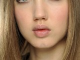 inspiring-autumnwinter-2013-14-beauty-trends-from-fashion-catwalks-14
