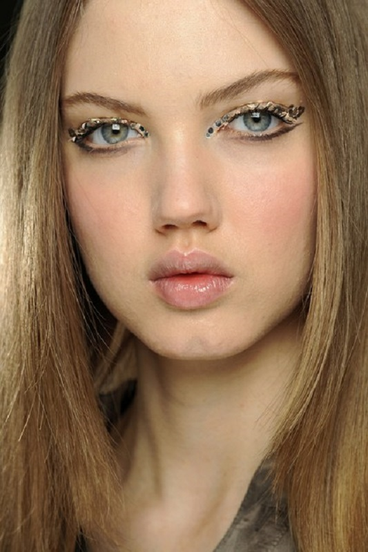 Picture Of inspiring autumnwinter 2013 14 beauty trends from fashion catwalks  14
