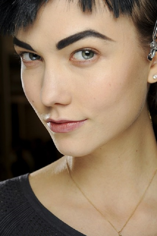 Picture Of inspiring autumnwinter 2013 14 beauty trends from fashion catwalks  15