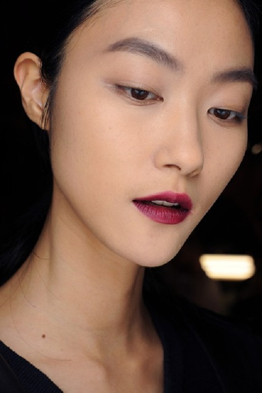 Picture Of inspiring autumnwinter 2013 14 beauty trends from fashion catwalks  16