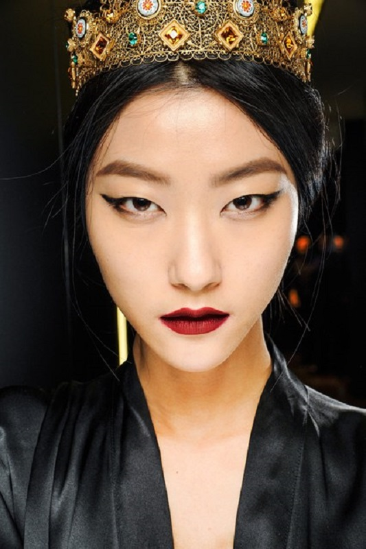 Picture Of inspiring autumnwinter 2013 14 beauty trends from fashion catwalks  18
