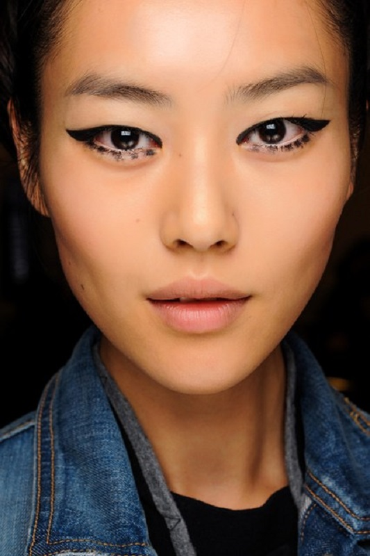 Picture Of inspiring autumnwinter 2013 14 beauty trends from fashion catwalks  2