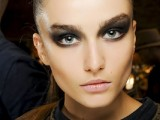 inspiring-autumnwinter-2013-14-beauty-trends-from-fashion-catwalks-20