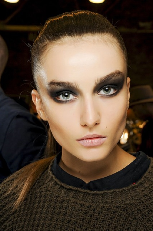 Picture Of inspiring autumnwinter 2013 14 beauty trends from fashion catwalks  20
