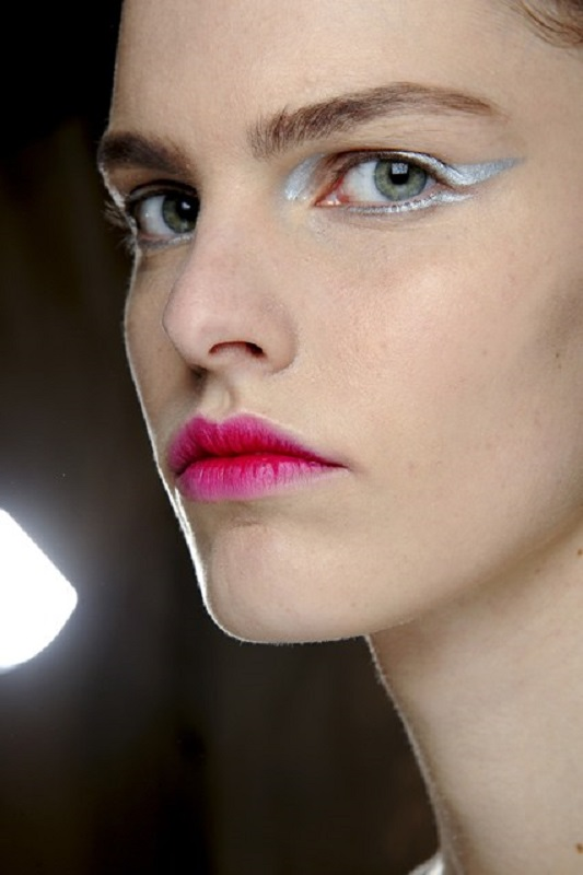 Picture Of inspiring autumnwinter 2013 14 beauty trends from fashion catwalks  4