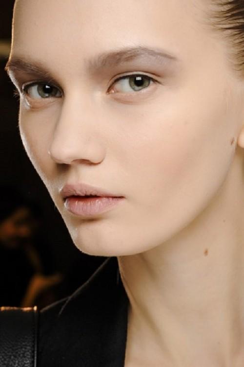 Inspiring Autumn/Winter 2013 14 Beauty Trends From Fashion Catwalks
