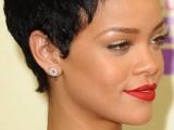 inspiring-celebrities-short-hairstyles-11