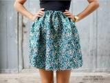 lovely-diy-hand-sewn-brocade-mini-skirt-for-summer-1