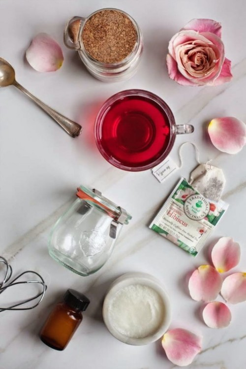 Lovely DIY Rose Hibiscus Whipped Body Butter