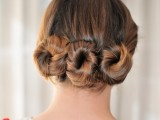 lovely-diy-three-bun-hairstyle-3