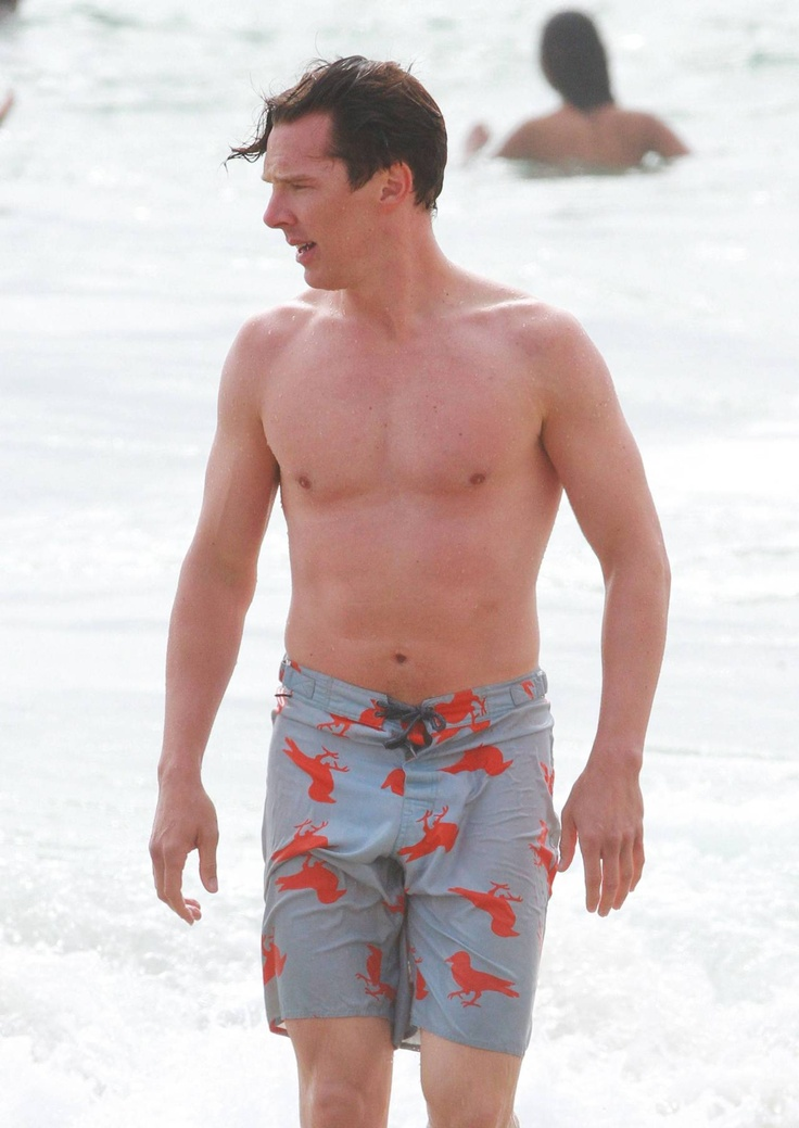 Picture Of modern and comfy long swim trunks for guys  3