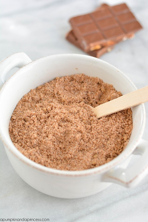 Moisturizing DIY Chocolate Sugar Scrub
