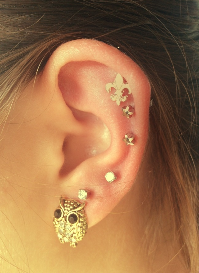 Picture Of multiple earrings ideas  17