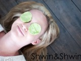 natural-diy-eye-cooling-pads-to-reduce-puffiness-and-dark-circles-4
