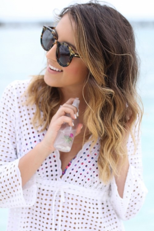 Natural DIY Sea Salt Spray For Beautiful Beachy Waves