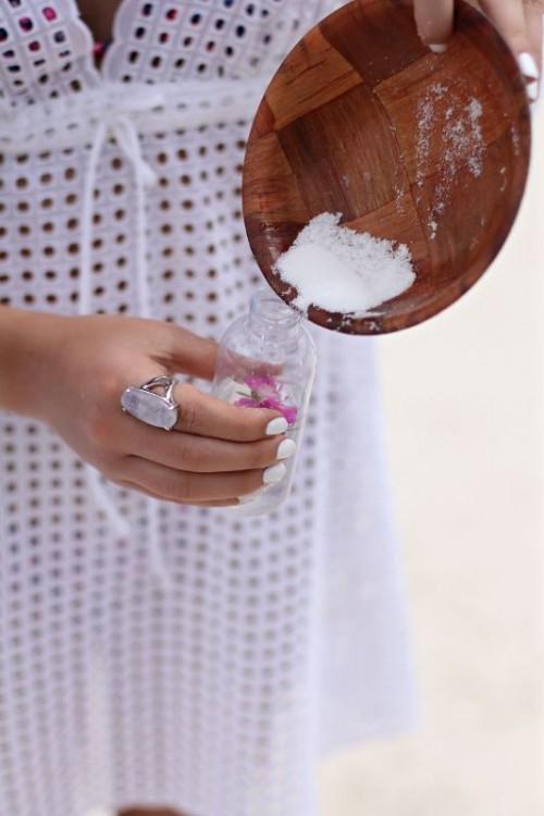 Natural DIY Sea Salt Spray For Beautiful Beachy Waves