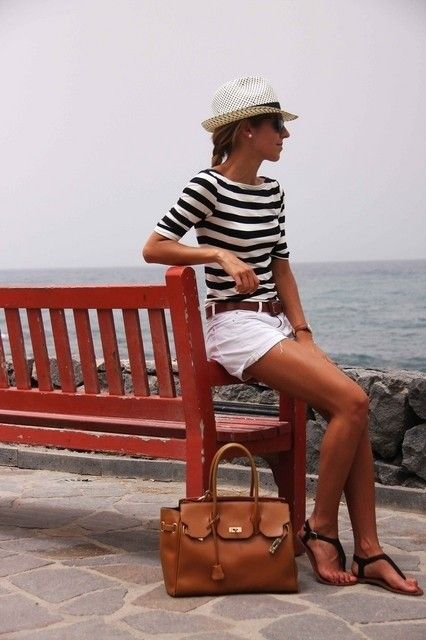 Picture Of nautical outfits for your vacation at the seaside 12
