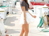 nautical-outfits-for-your-vacation-at-the-seaside-13