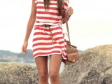 nautical-outfits-for-your-vacation-at-the-seaside-25