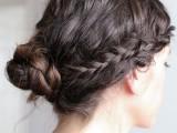 original-runway-inspired-diy-braided-hairstyle-3