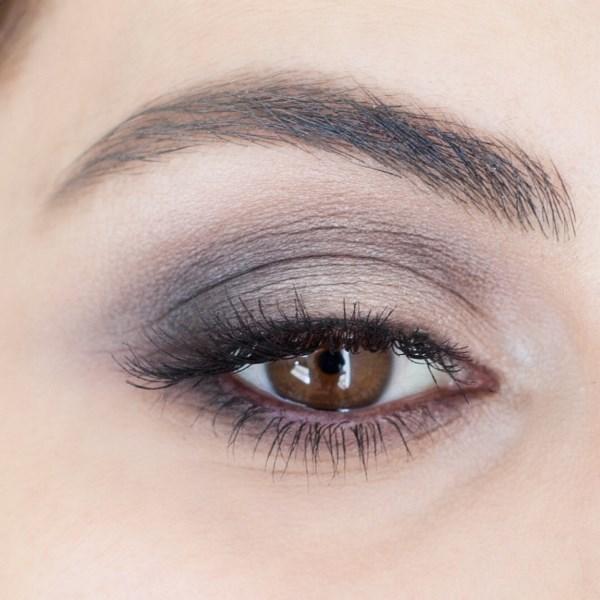Picture Of perfect diy brown smokey eye makeup to master  1