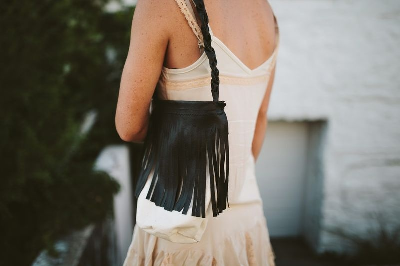 Picture Of perfect diy leather fringe bag  1