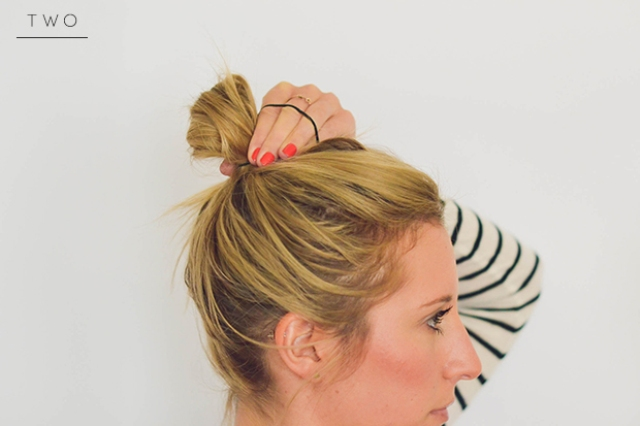 Picture Of perfect diy messy bun for any occasion  2