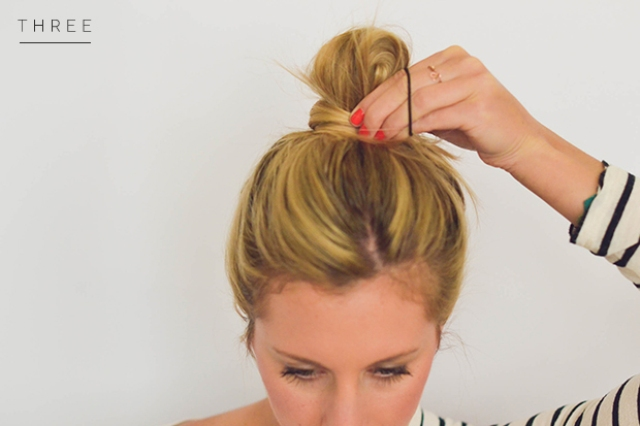 Picture Of perfect diy messy bun for any occasion  3