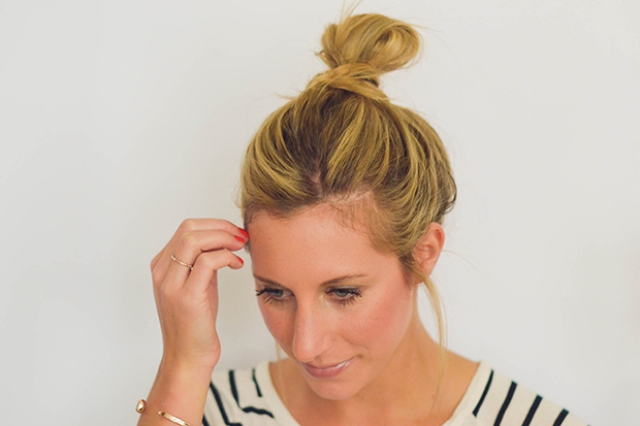 Picture Of perfect diy messy bun for any occasion  5
