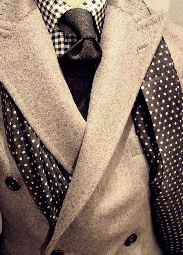 Picture Of polka dot men outfits for work  4