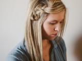pretty-and-easy-diy-scrunched-braid-hairdo-1