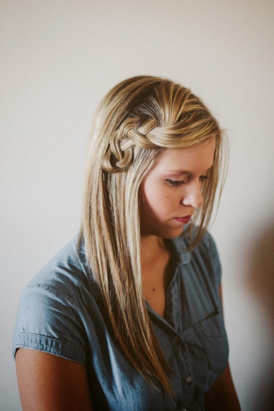 Picture Of pretty and easy diy scrunched braid hairdo  1