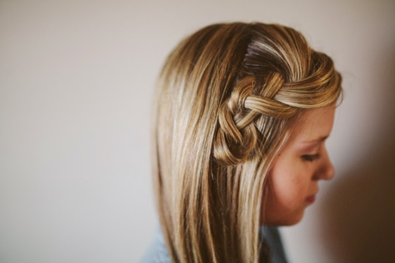 Picture Of pretty and easy diy scrunched braid hairdo  3