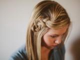pretty-and-easy-diy-scrunched-braid-hairdo-5