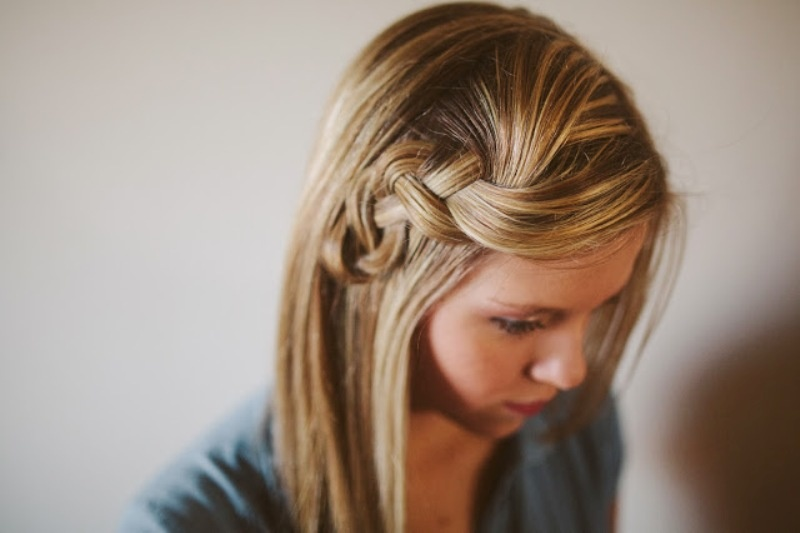 Picture Of pretty and easy diy scrunched braid hairdo  5