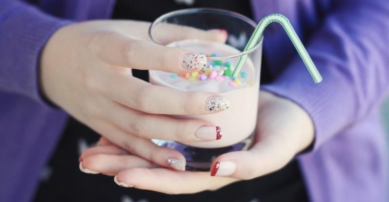 Picture Of pretty diy confetti nail art  1