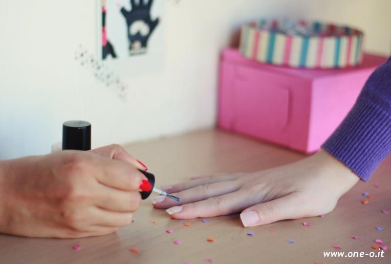 Picture Of pretty diy confetti nail art  2