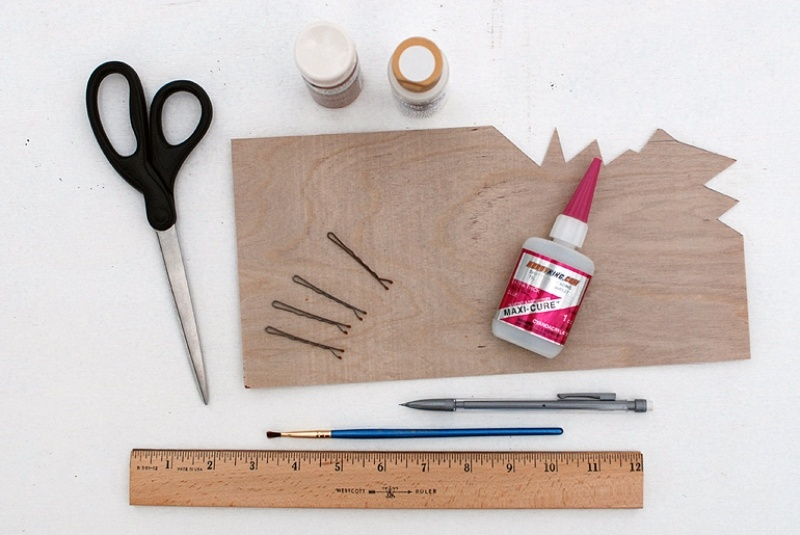 Picture Of pretty diy wooden triangle hair pins  3