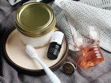 refreshing-and-natural-diy-peppermint-toothpaste-1